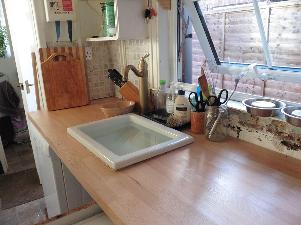 sink in worktop - but waste not yet plumbed